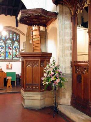 Canopied pulpit 1912
